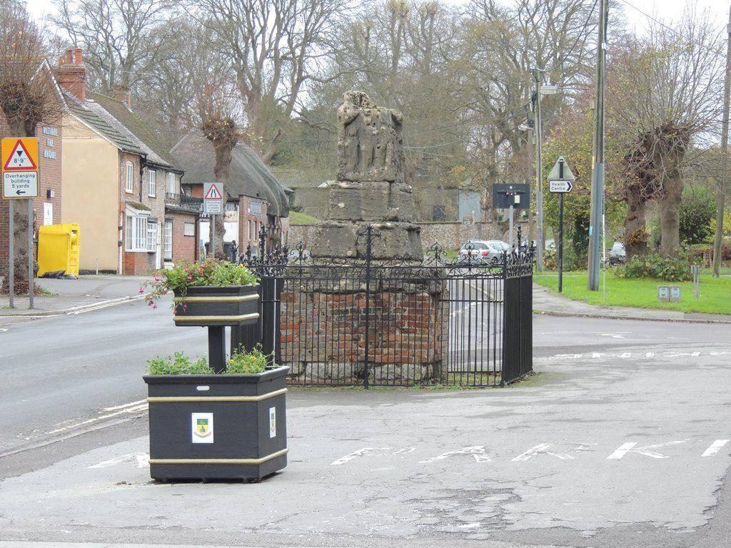 Ludgershall Market Cross
